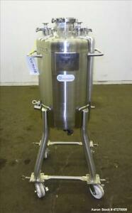 Used Stainless Steel Technology Pressure Tank Approximate 26 4 Gallon 100 Lit
