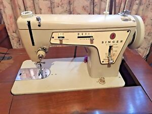 Vintage Fashion Mate Zig Zag Sewing Machine Model 237 Table Instruccions