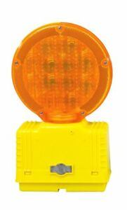 Cortina 03 10 3waydc Polycarbonate Led Barricade Light With Photocell 6 Vdc Am