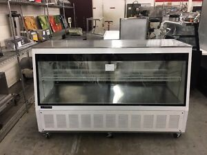 Master bilt Dms 72l 72 Low Profile Refrigerated Deli Merchandiser Refurb
