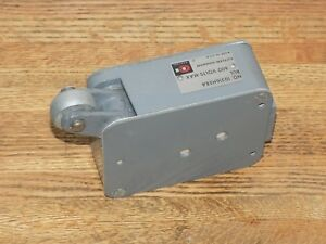 10316h58a Cutler Hammer Roller Operated Limit Switch