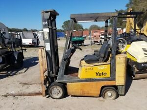 Yale Glc040 Ride on Lpg Propane Forklift Lift Truck 4000 Lbs 126 h Low Hours