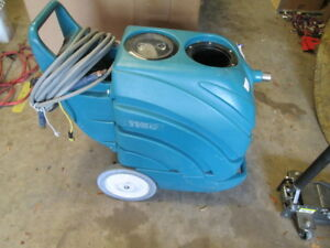 Tennant 1160 Commercial Carpet Extractor Cleaner Floor Washer 120v Model 607675