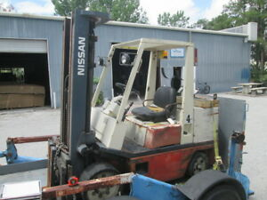 Nissan 7000lbs Lpg Propane Forklift 175 Max Lift Height W Side Shift 8900 Hrs
