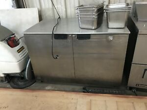Victory 48 Stainless Steel Under Counter Refrigerator Prep Table Cools Great