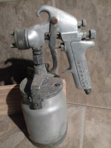 Vintage Devilbiss Type Jga 502 Air Spray Paint Spray Gun With Canister