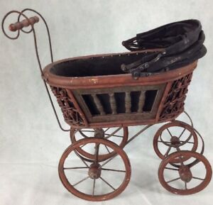 Vintage Wicker Baby Doll Carriage Buggy Strollers Home Decor Planter