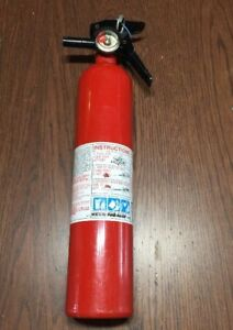 Kidde Pro Series 110 Consumer Dry Chemical Fire Extinguisher rechargeable