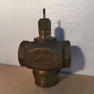 Honeywell 3 way 2 In Brass Bronze Globe Valve