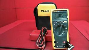 Fluke 77iv Handheld Digital Multimeter Dmm In Case With Probes