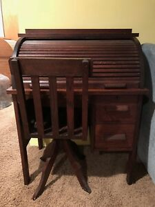 Antique Oak Paris Mfg Co No 638 Childs Roll Top Desk C 1910 1920