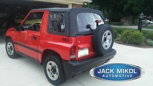 Soft Top Oem Replacement 95 98 Suzuki Sidekick Geo Tracker Black Diamond Tinted