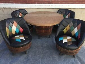 Mid Century Western Brothers Whiskey Barrel Dining Dinette Set 4 Chairs