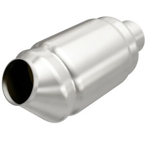 Magnaflow 54976 Universal High flow Catalytic Converter Round Spun 2 5 In out