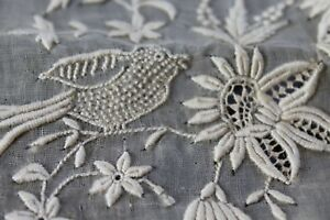 Vtg Antique Birds French Normandy Lace Tablecloth Nos Excellent Unused Net