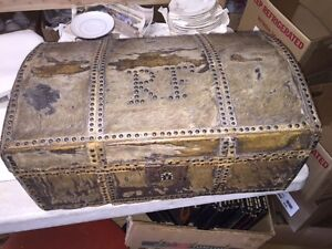 Early 1800 S Stagecoach Trunk Hide Covered