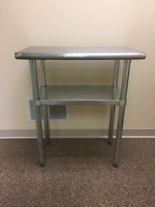 Stainless Steel Prep work Table With Underlying Shelf