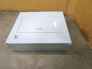 Square D Nqod20l100cu 100a Amp Load Center Breaker Panel 240v Volt 1ph