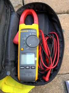 Used Fluke 374 True Rms Clamp Meter
