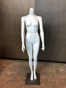 Headless Female Mannequin Plastic Realistic Display Dress Form Full W base White