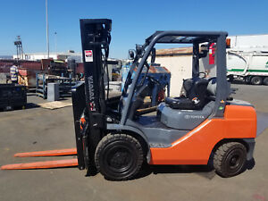 Toyota 8fgu30 6 000lb Pneumatic Forklift Lpg Refurbished Very Nice