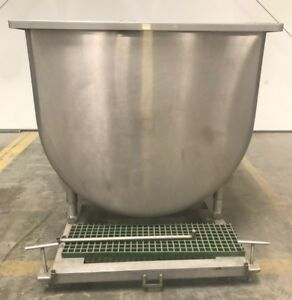 Large Stainless Steel Bulk Tank