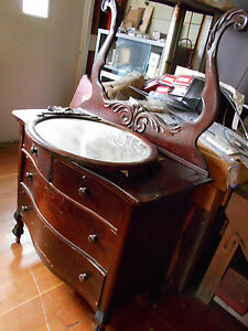 Antique Dresser With Beveled Oval Mirror Good Condtion For 100 Yrs Old Clawfoot