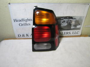 Mitsubishi Montero Sport 2000 2001 2002 2003 2004 Right Passenger Oem Tail Light