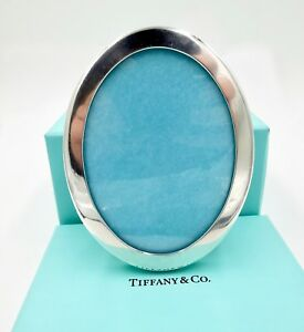 Vintage Tiffany Co Makers Sterling Silver Oval Photo Picture Frame 4x3 In Box