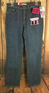 Lee Classic Fit Straight Leg Jeans Womens Petite Size 6 Ultra Stretch Slim NEW