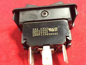 Eaton 8961k229 Rocker Switch 7 8 X 1 1 2 15a 125v 10a250v Black Ctr off Lot 9
