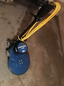 Windsor Lightning 1500 Floor Buffer burnisher Great Working Condition Low Use