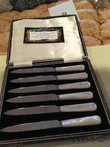 Allen West Sheffield England Stainless Antique Collectible Pearl Fish Knives