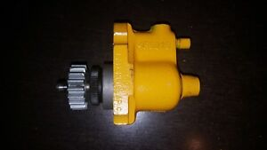 New Old Stock Caterpillar Fuel Pump 955 P n 4f6921 Interchanges With 8m9758