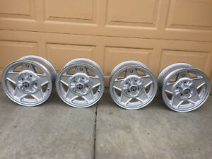 Alfa Romeo Spider Cromodora Daytona Cd35 Wheels 6 X14 Rare Junior Gtv Magnesium