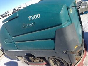 Tennant 7300 Ech2o Ride On Electric Floor Scrubber Charger