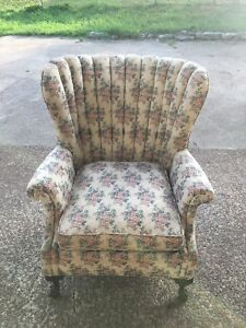 Gorgeous Vintage High Back Ruffled Chair Wingback Style Carved Claw Feet Boho