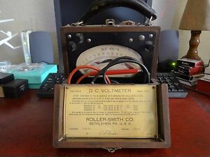 Vintage Roller smith Type Nps d Serial 300384 Calibrated 1944 Dc Voltmeter