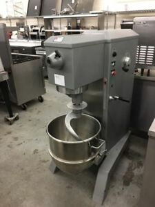 Univex Srm60 60 Quart Mixer With Bowl All Major Attachments Refurbished
