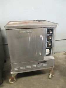 Blodgett Commercial Half Size Convection Oven Baking Gas 500 Max W Casters