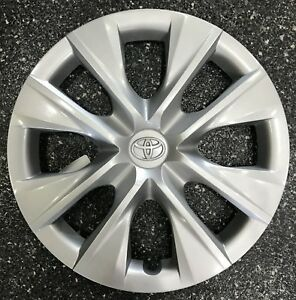 2014 2018 Toyota Corolla 15 8 Spoke Factory Remanufactured Hubcap 61171
