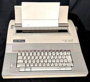 Smith Corona Electronic Typewriter Xl 2700 Xl2700 Tested W New Correction Ribbon