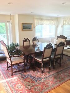 Antique Jacobean Dining Table 6 Chairs In Beautiful Condition