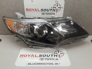 Toyota Camry Se 12 14 Right Front Headlight Genuine Oem Oe