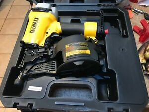 Dewalt Dw66c 1 Pneumatic 15 degree Coil 1 1 4 To 2 1 2 In Siding fence Nailer