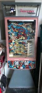 Vintage The Entertainer Kinetic Gum ball Machine And Keys Working