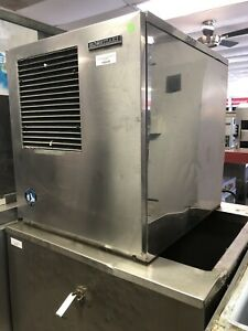 Hoshizaki 800 Ice Machine Flaker With New 300 Pound Manitowoc Insulated Bin