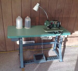 Us 718 1 Union Special Blind Stitch Sewing Machine