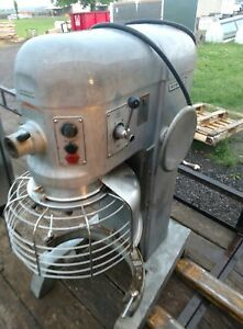 Hobart 60qt Mixer With Bowl Guard H 600t Used