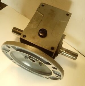Right Angle Speed Reducer Gearbox 40 1 Ratio 1 2 Hp Input 56c Double Sided